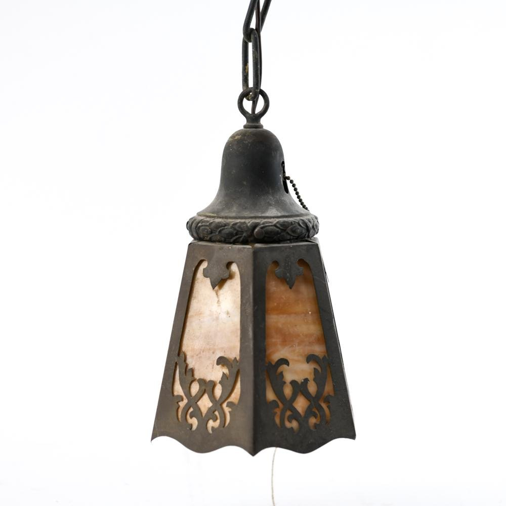 ARTS AND CRAFTS PENDANT LAMP