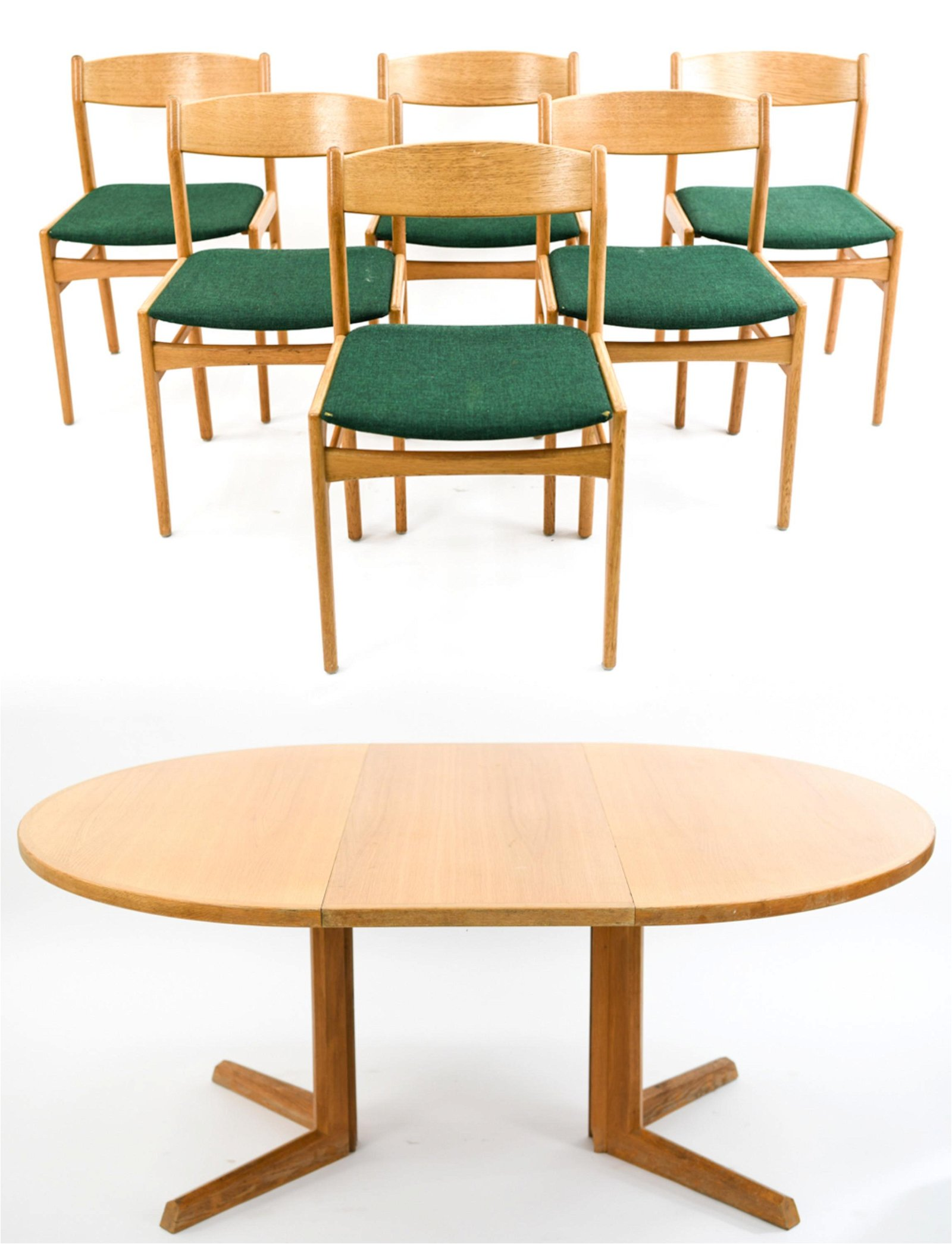 JOHANNES ANDERSEN OAK DINING TABLE & (6) CHAIRS