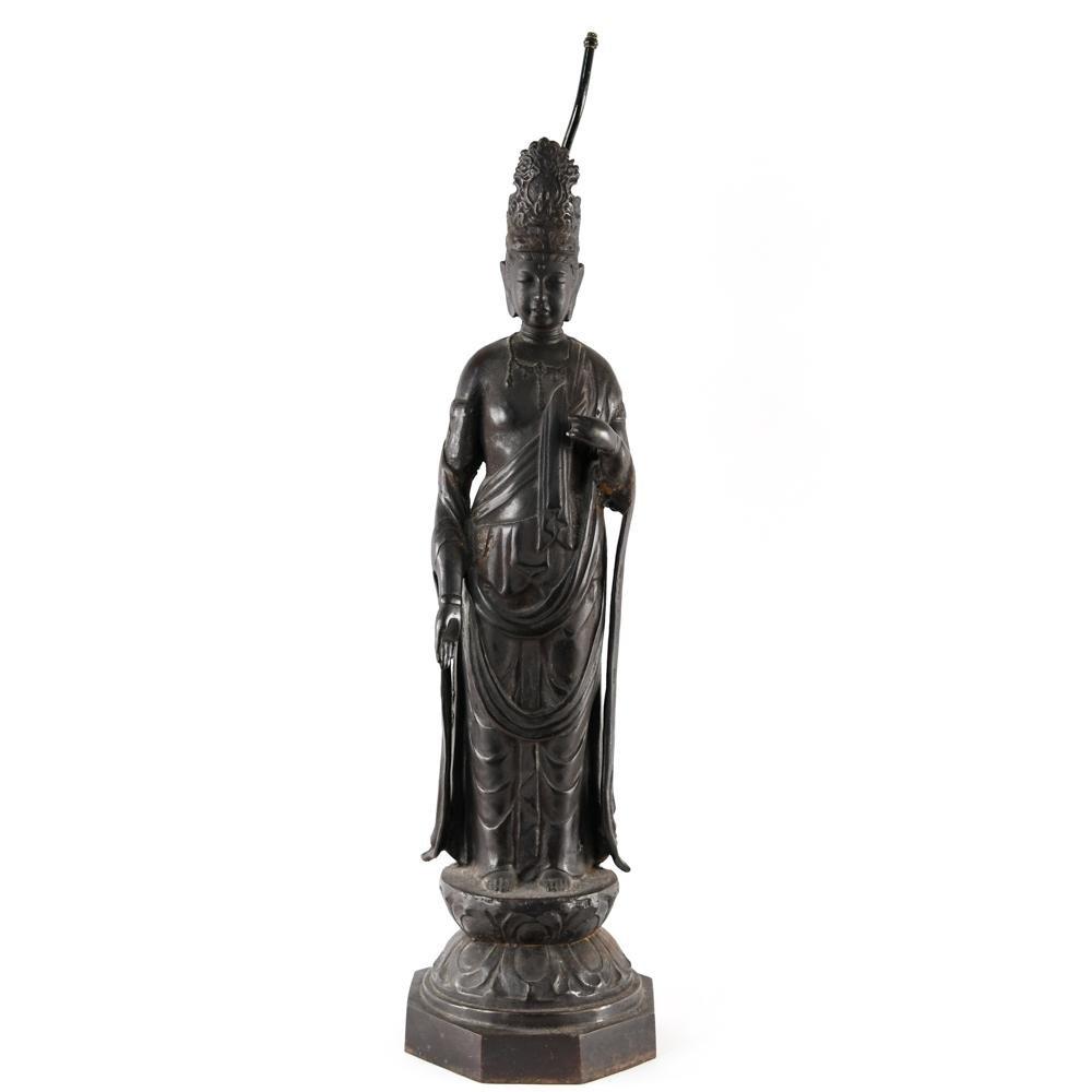 CAST METAL GUANYIN SCULPTURE LAMP