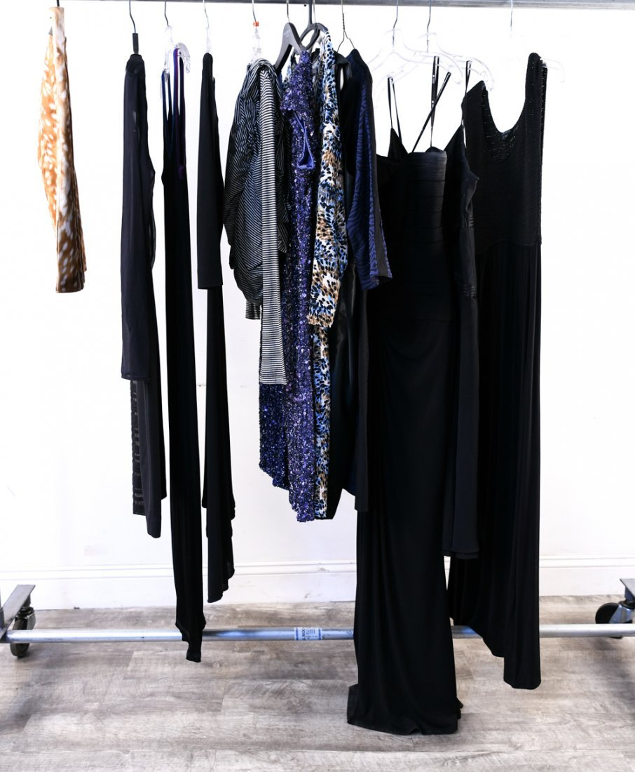 GROUPING OF DRESSES & SKIRTS