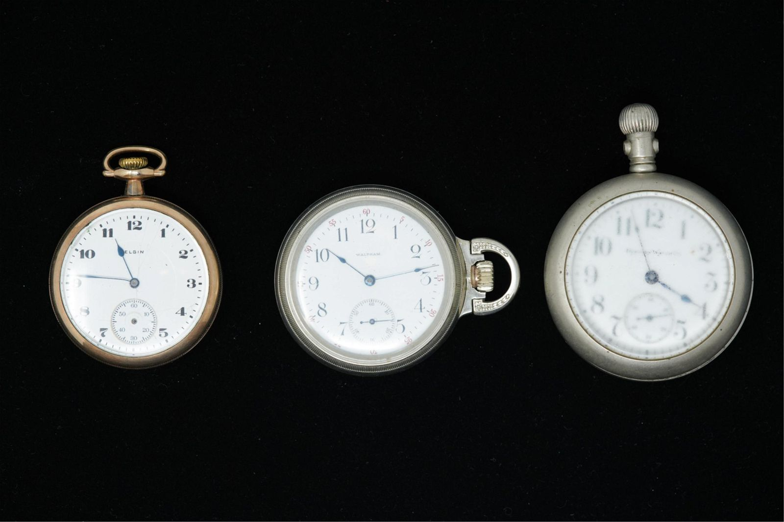 (3) GROUPING POCKET WATCHES