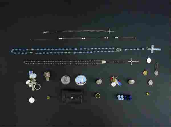 GROUPING INCL JEWELRY & RELIGIOUS ETC