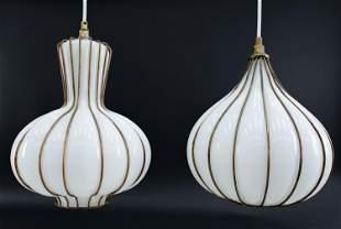 PAIR OF SEGUSO ITALIAN GLASS HANGING PENDANT LAMPS