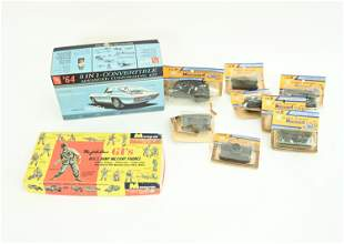 GROUPING OF VINTAGE TOY MODELS ETC.