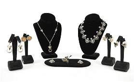 GROUPING OF VINTAGE STERLING SILVER JEWELRY