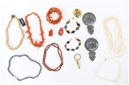 VINTAGE JEWELRY GROUPING INCL PEARL AND CORAL