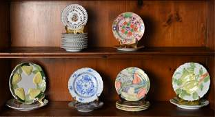 GROUPING OF CERAMIC PLATES