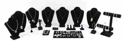 GROUPING OF STERING SILVER JEWELRY