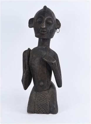 VINTAGE AFRICAN CARVED WOODEN SCULPTURE