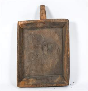 CARVED WOODEN SINGLE HANDLED TRAY