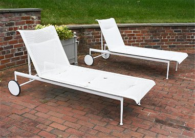 (2) RICHARD SCHULTZ OUTDOOR CHAISE LOUNGE CHAIRS