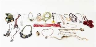 GROUPING OF (32) COSTUME & SEMI-FINE NECKLACES
