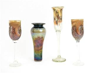 GROUPING OF SIGNED IRIDESCENT ART GLASS