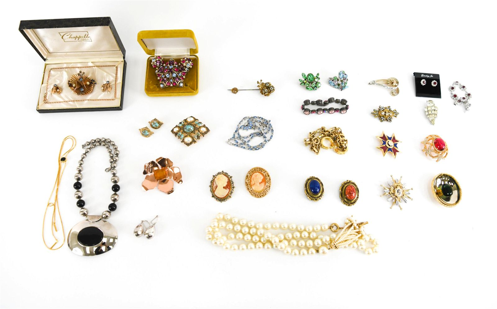 LARGE GROUP VINTAGE COSTUME JEWELRY INCL. SILVER