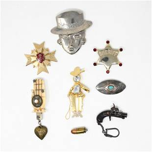 GROUPING OF PINS AND BROOCHES