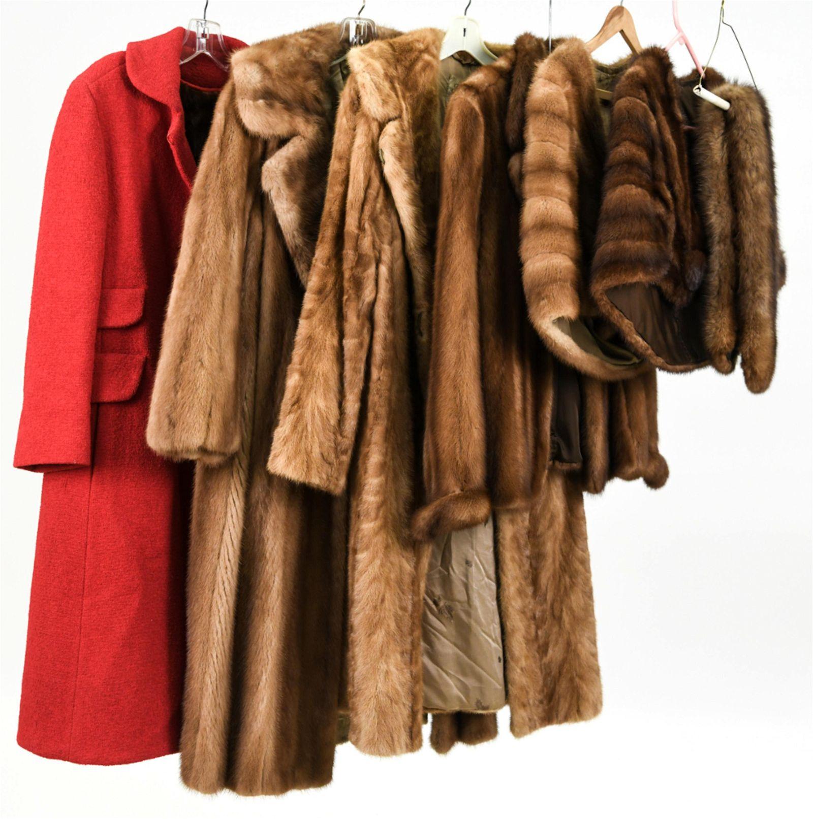 (7) VINTAGE FUR COATS, STOLES & COLLARS INCL. MINK