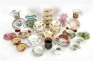 GROUPING OF PORCELAIN CUPS AND SAUCERS