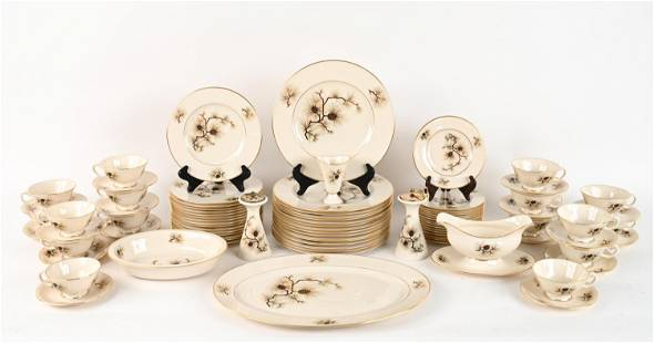 LENOX PINE CHINA DINNER SERVICE FOR 16