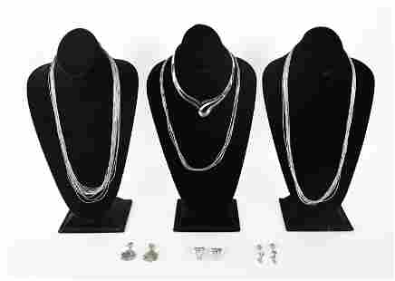 GROUPING OF STERLING & 800 SILVER JEWELRY