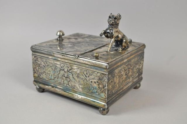 VICTORIAN SILVERPLATE HUMIDOR WITH DOG