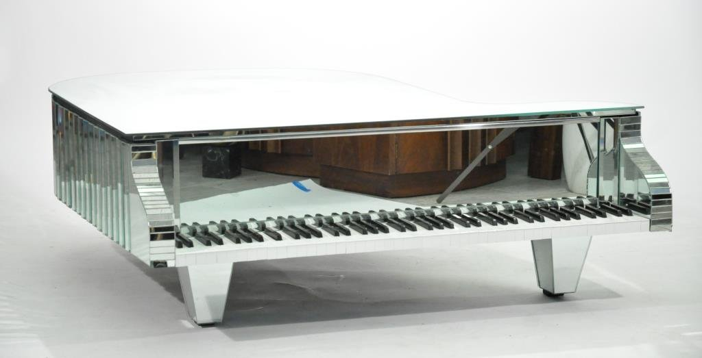 MIRRORED PIANO COFFEE TABLE