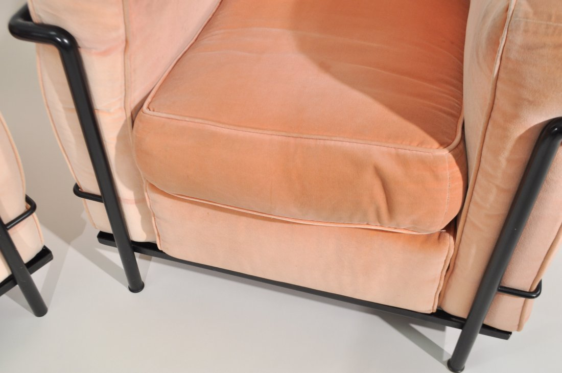 PAIR OF LE CORBUSIER LC2 LOUNGE CHAIRS FOR CASSINA - 2