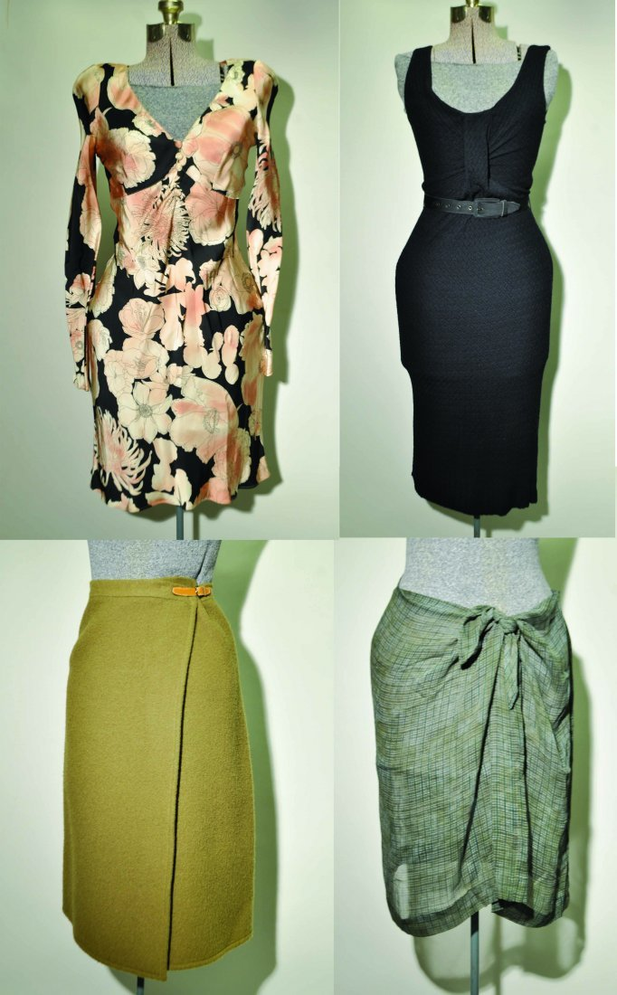 GROUPING OF LADIES COUTURE CLOTHING