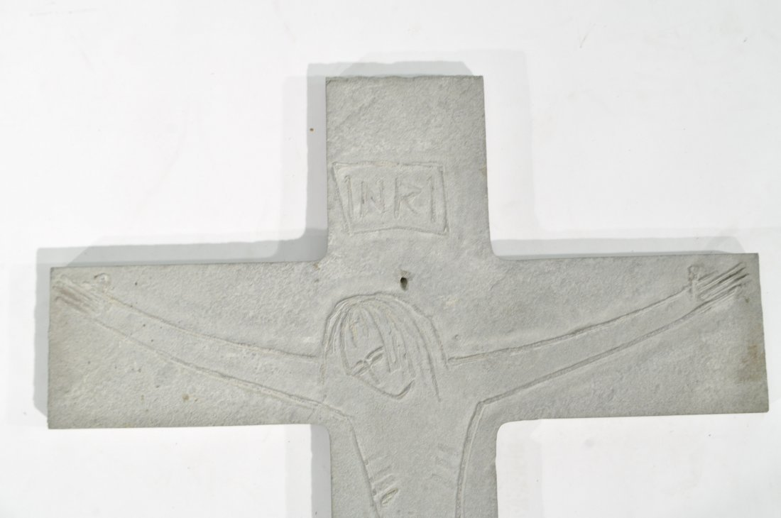 TOMAS PENNING (1905-1982) CARVED CROSS - 2