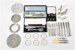 GROUPING OF SILVERPLATED ITEMS