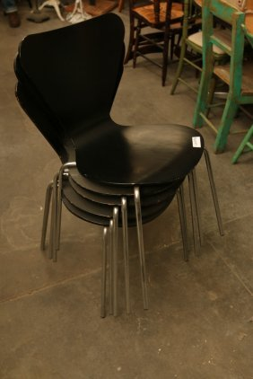 Set Of (4) Arne Jacobsen Butterfly Chairs