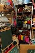 Shelf unit incl vintage lunchboxs black boards