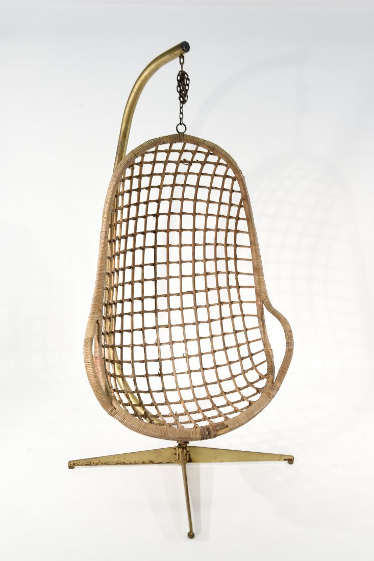 MID-CENTURY RATTAN HANGING EGG CHAIR