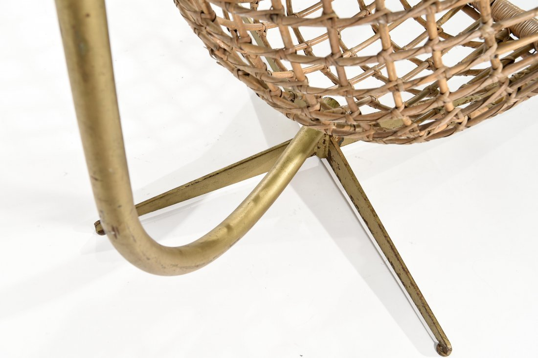 MID-CENTURY RATTAN HANGING EGG CHAIR - 4