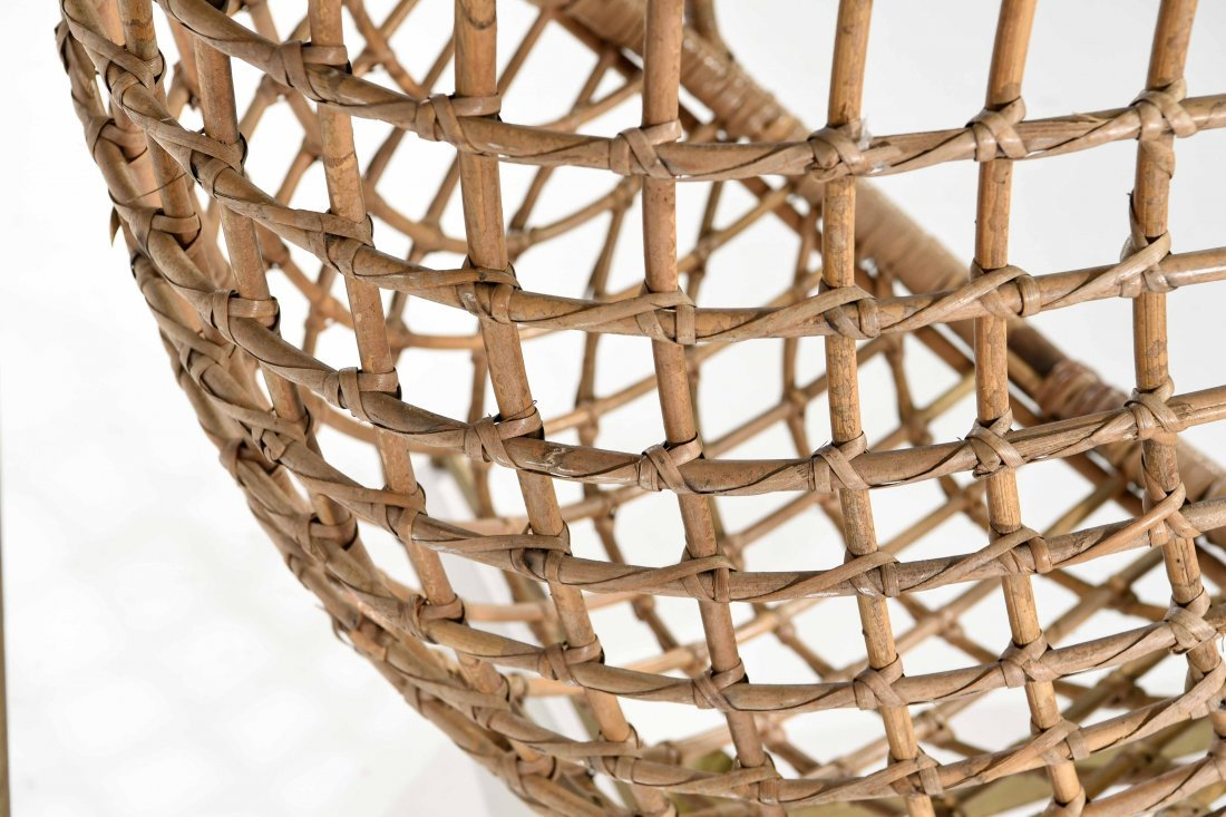 MID-CENTURY RATTAN HANGING EGG CHAIR - 5