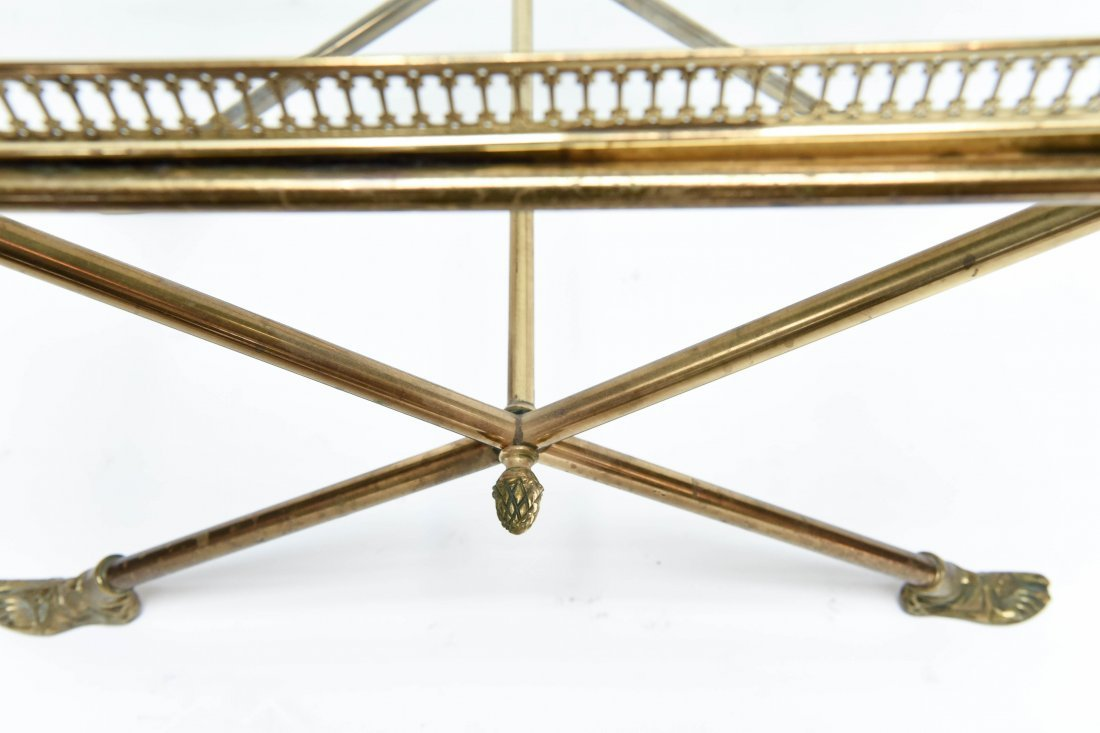 ITALIAN 1960S BRASS AND GLASS SIDE TABLE - 7