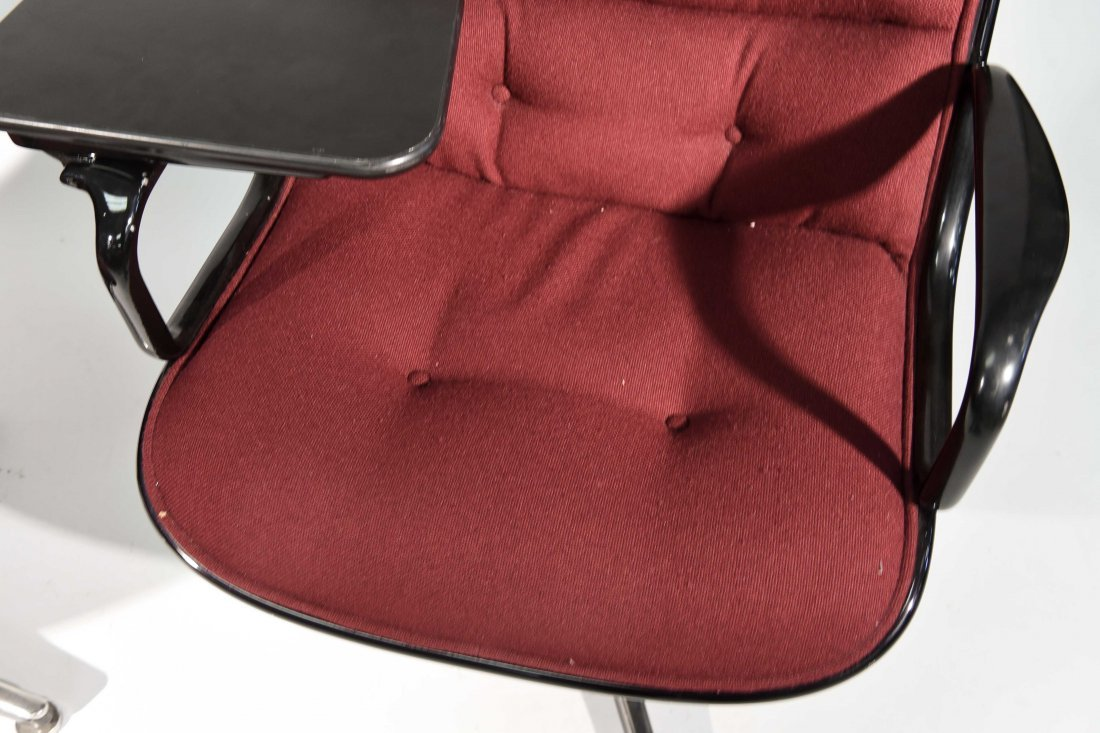 (2) CHARLES POLLACK; KNOLL CHAIRS - 2