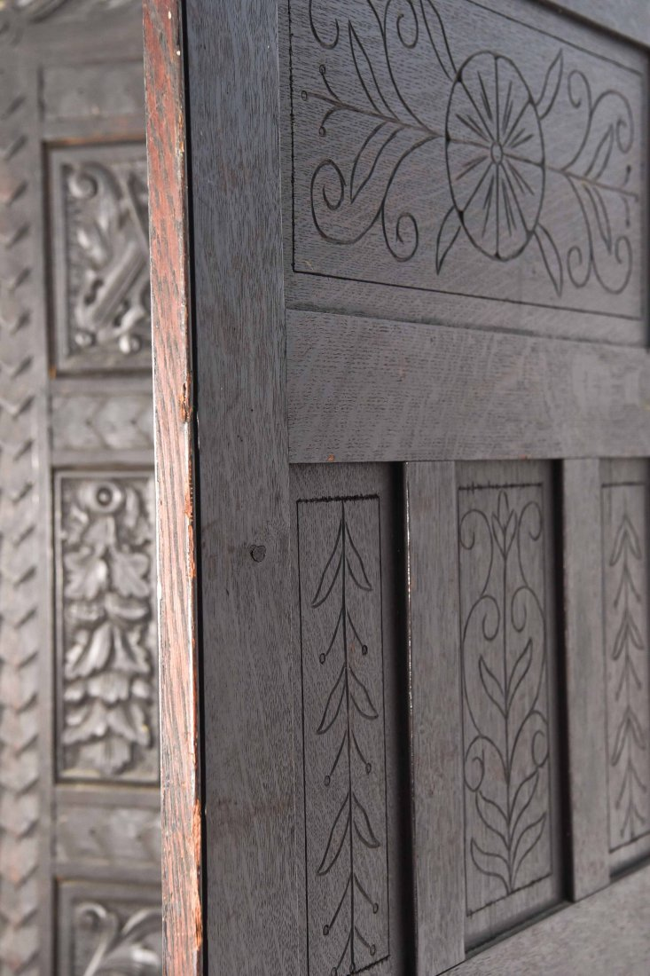19TH C. CARVED THREE PANEL SCREEN - 8
