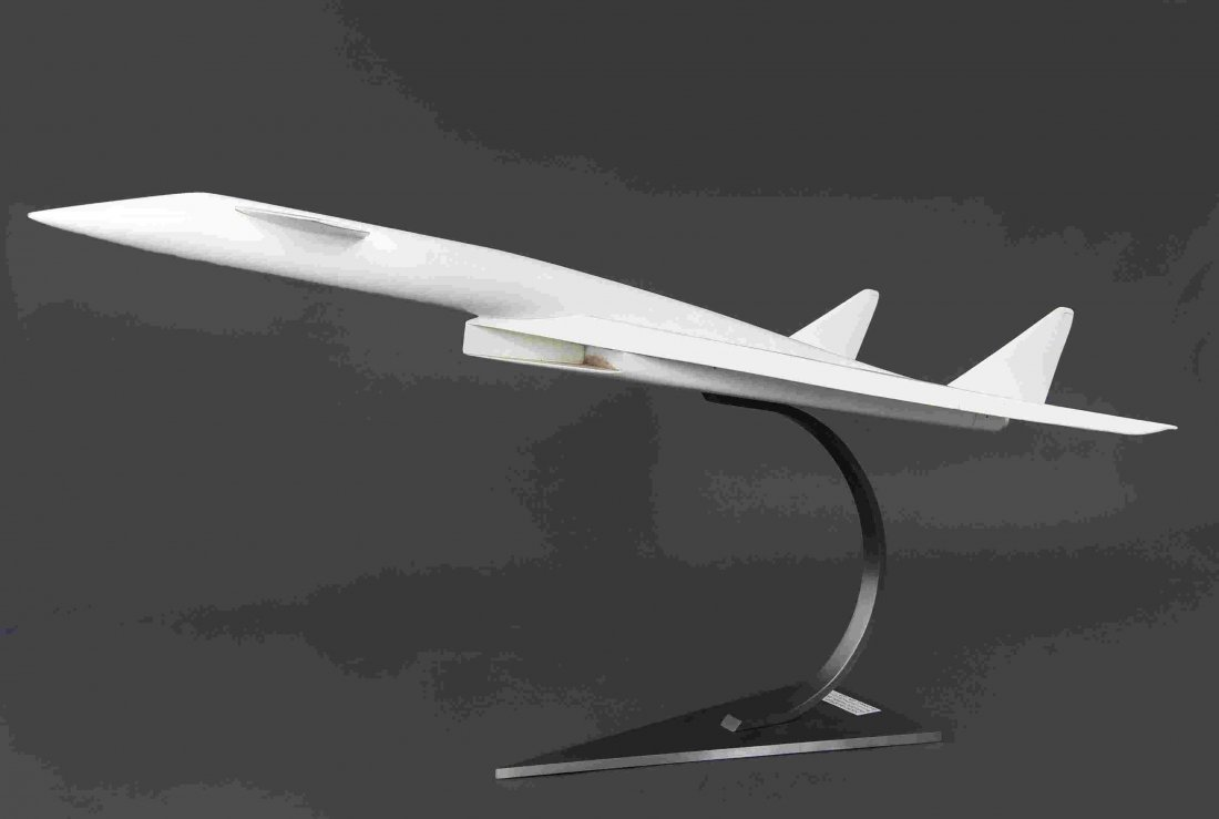 XB-70 VALKYRIE PROTOTYPE AIRPLANE MODEL