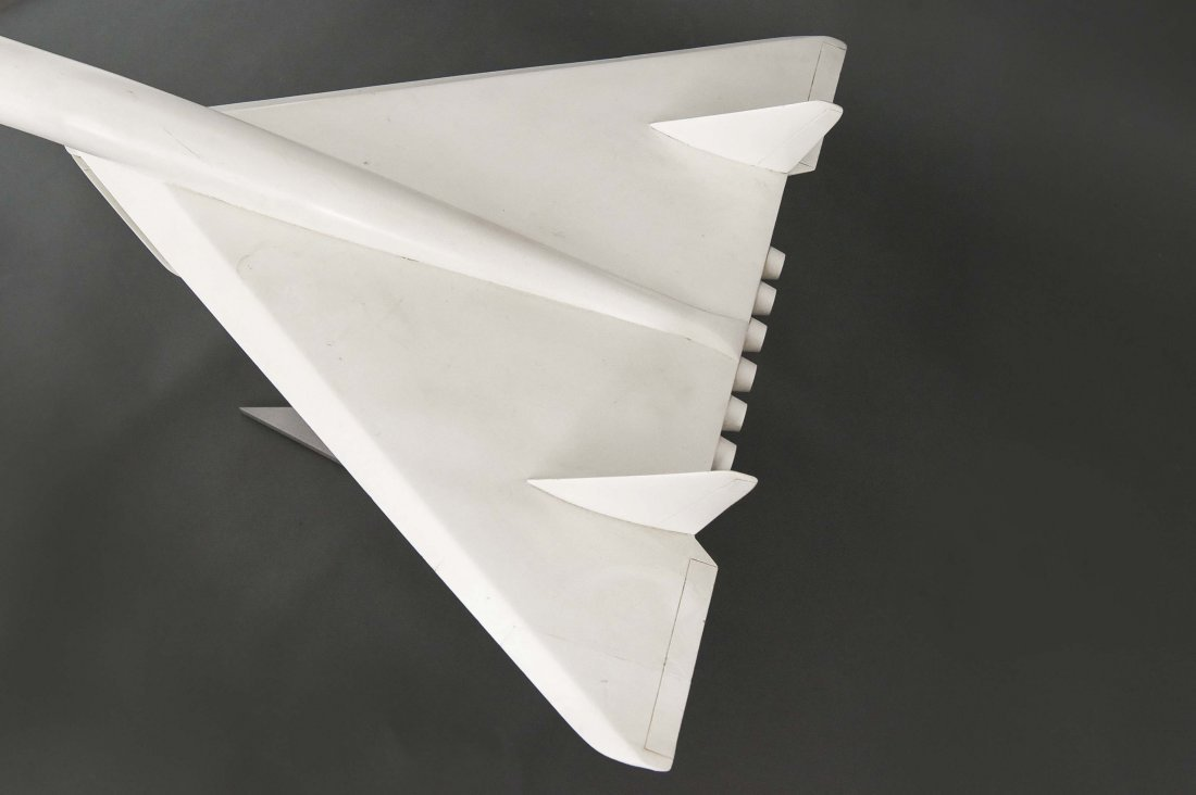 XB-70 VALKYRIE PROTOTYPE AIRPLANE MODEL - 4