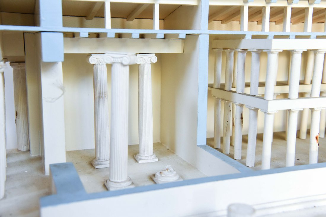 ANCIENT GREEK PARTHENON MUSEUM DISPLAY MODEL - 6