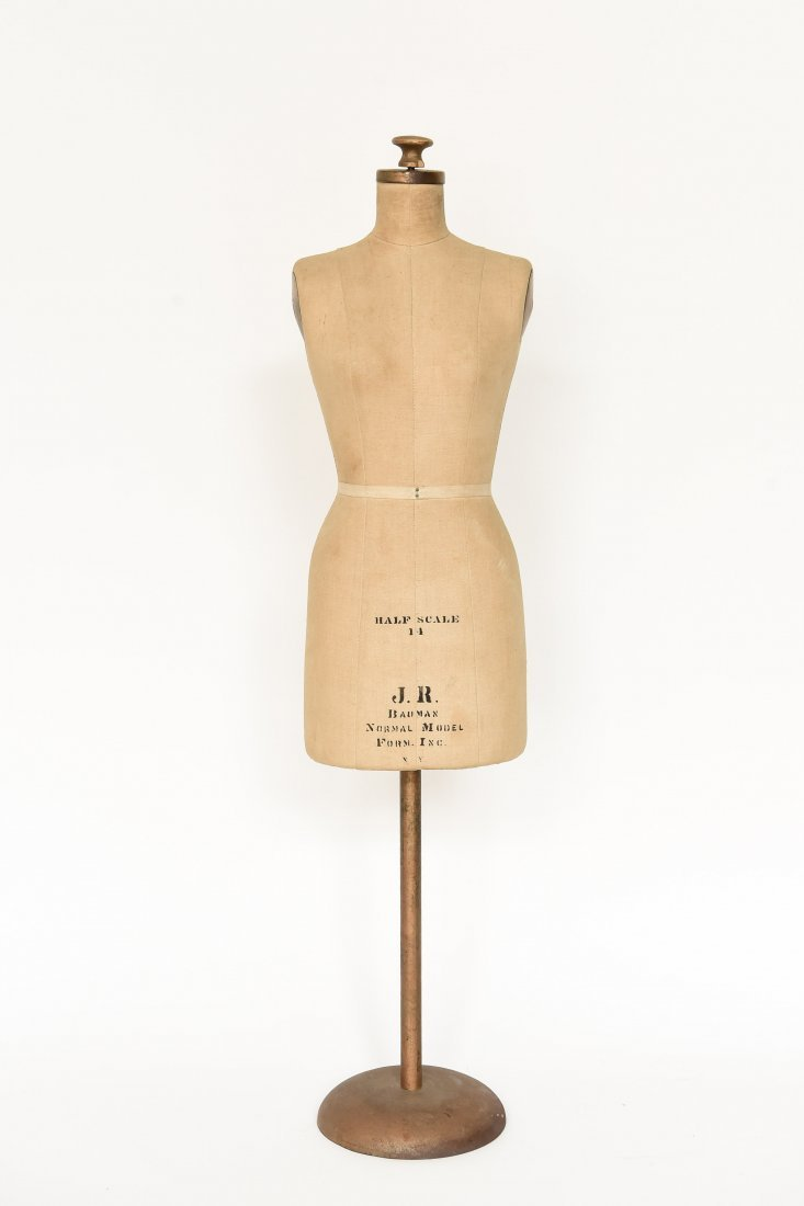 J.R. BAUMAN 1/2 SCALE DRESS FORM