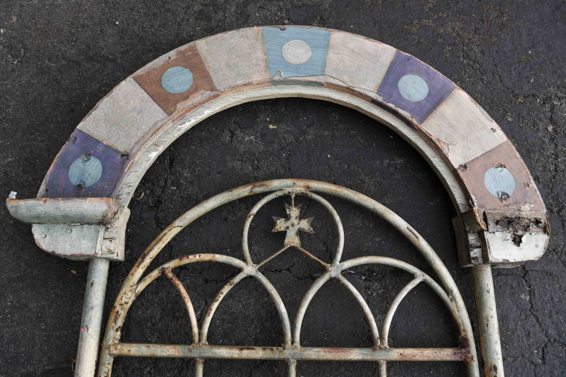 METAL AND WOOD PAINTED GATE DOOR - 9