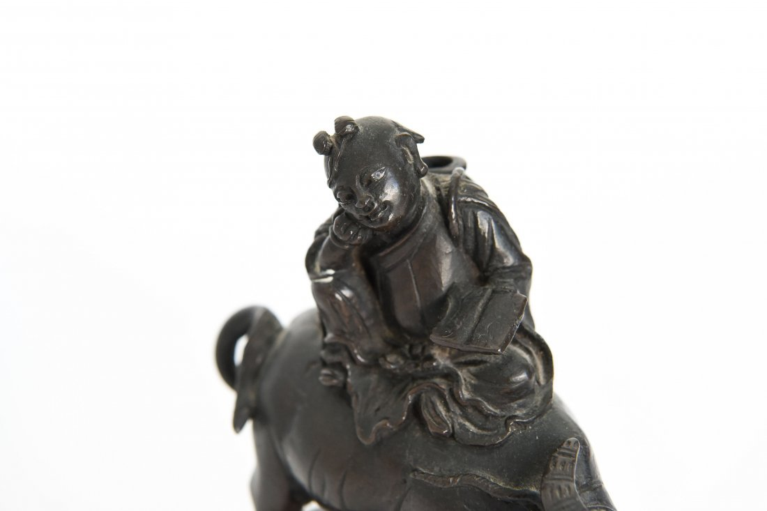 CHINESE BRONZE SEATED SCHOLAR ON A WATER BUFFALO - 2