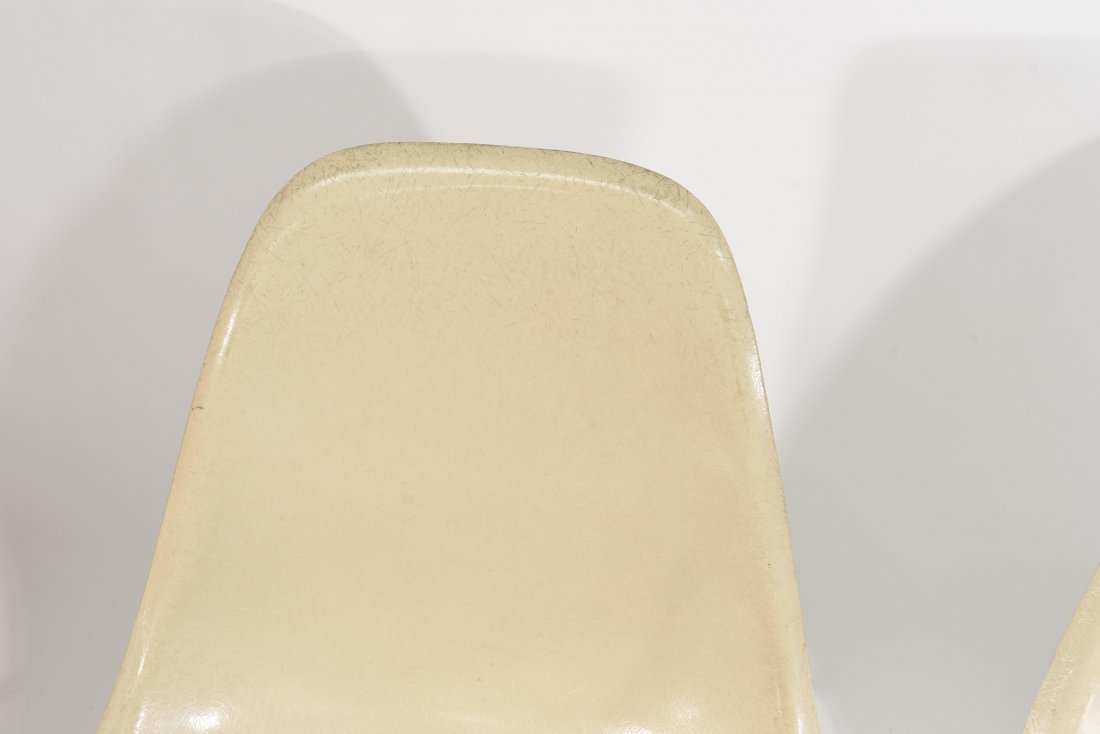 (4) EAMES FOR HERMAN MILLER FIBERGLASS CHAIRS - 3