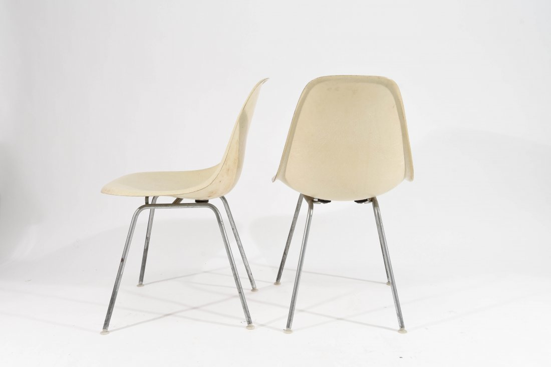 (4) EAMES FOR HERMAN MILLER FIBERGLASS CHAIRS - 6