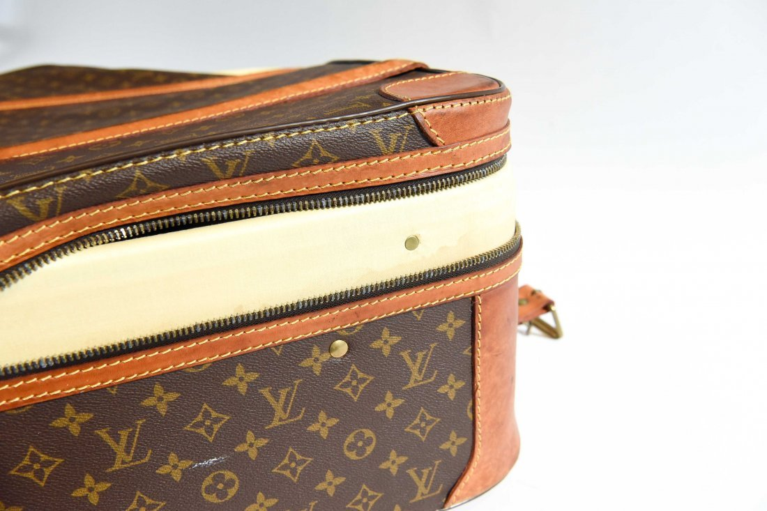 LOUIS VUITTON SUITCASE - 9
