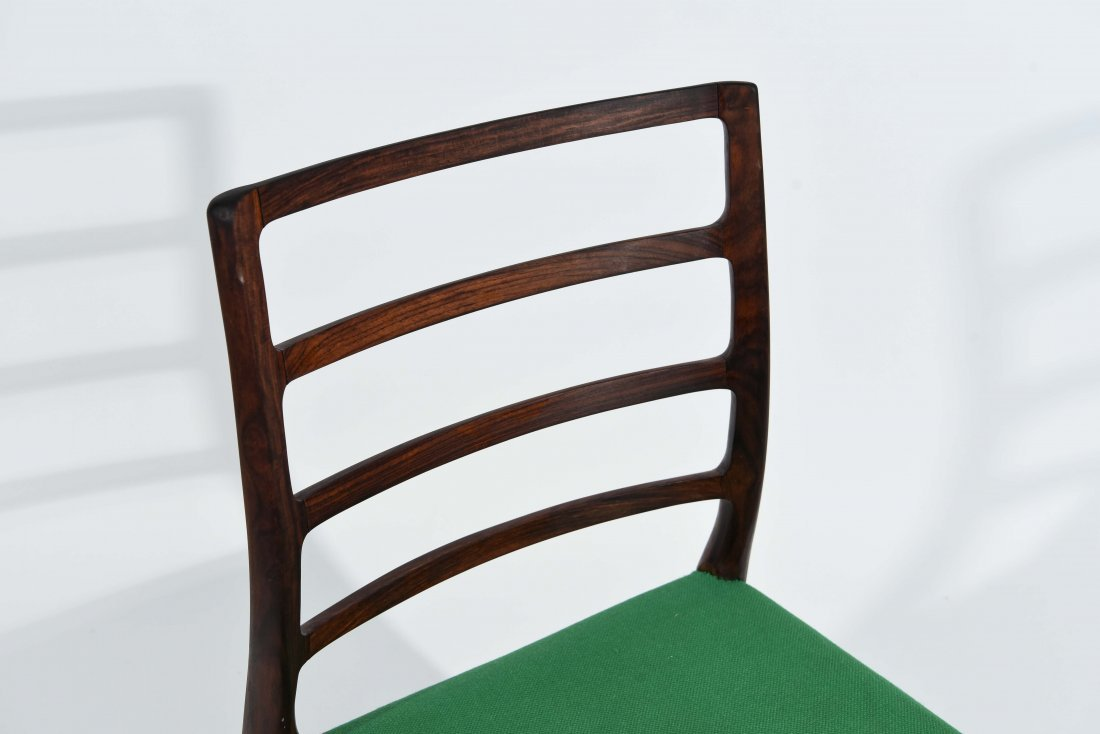 (1) MOLLER ROSEWOOD DINING CHAIR - 3
