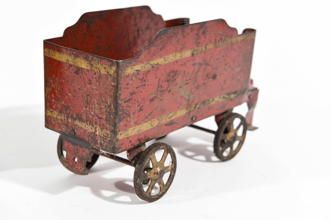 ANTIQUE WINDUP IRON TOY TRAIN - 9
