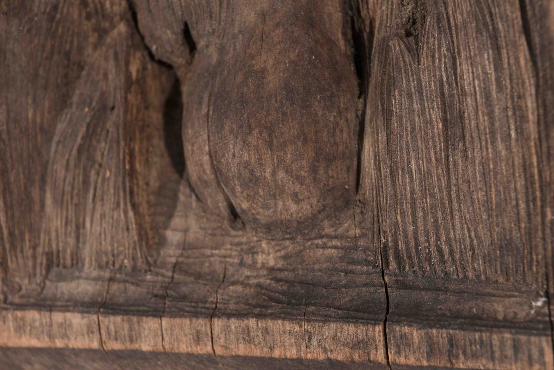 WOOD FOLK ART CARVING OF A FEMALE NUDE - 3