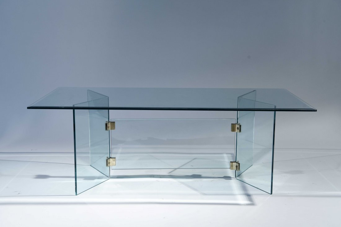 PACE STYLE GLASS COFFEE TABLE